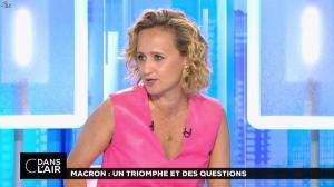 Caroline Roux dans C dans l'Air - 12/06/17 - 08