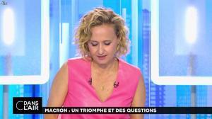 Caroline Roux dans C dans l'Air - 12/06/17 - 21