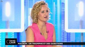 Caroline Roux dans C dans l'Air - 12/06/17 - 28