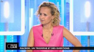 Caroline Roux dans C dans l'Air - 12/06/17 - 33