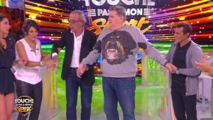Estelle Denis et Clio Pajczer dans Touche pas à mon Sport - 03/03/16 - 05