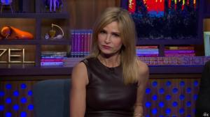 Kyra Sedgwick dans Watch What Happens Live - 28/11/16 - 05