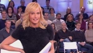 Simona Ventura dans Quelli Che - 16/12/07 - 08