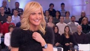 Simona Ventura dans Quelli Che - 16/12/07 - 09