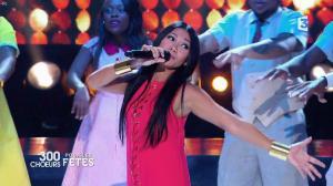 Anggun dans 300 Chœurs pour Plus de Fêtes - 27/12/17 - 04