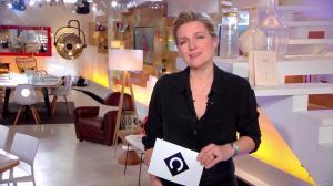 Anne-Elisabeth Lemoine dans C à Vous - 29/03/18 - 01