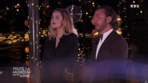Camille Lou dans Toute la Musique qu'on Aime - 31/12/17 - 02