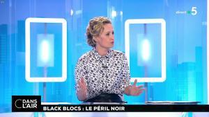 Caroline Roux dans C dans l'Air - 02/05/18 - 02