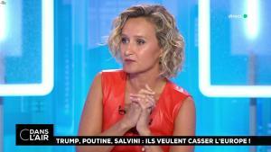 Caroline Roux dans C dans l'Air - 21/08/18 - 24