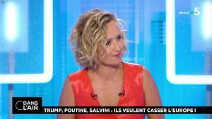 Caroline Roux dans C dans l'Air - 21/08/18 - 32