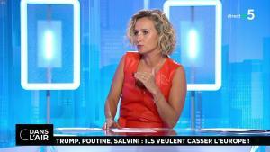 Caroline Roux dans C dans l'Air - 21/08/18 - 33