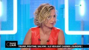 Caroline Roux dans C dans l'Air - 21/08/18 - 42