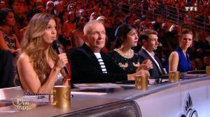 Iris Mittenaere dans Election de Miss France - 16/12/17 - 08