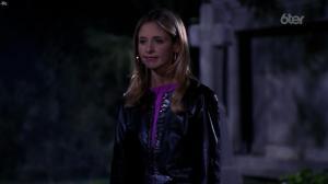 Sarah Michelle Gellar dans Buffy Contre les Vampires - 05/07/17 - 02