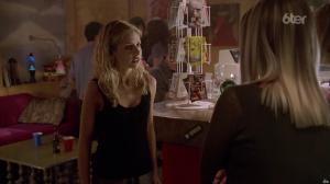 Sarah Michelle Gellar dans Buffy Contre les Vampires - 19/06/17 - 11