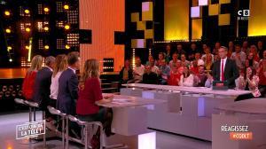 Stéphanie Loire dans c'est Que de la Télé - 30/04/18 - 01