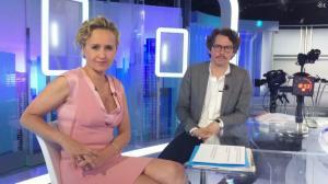 Caroline Roux dans Facebook de C dans l'Air - 07/06/17 - 01
