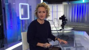 Caroline Roux dans Facebook de C dans l'Air - 07/11/16 - 02