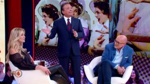 Elena Santarelli dans la RepubbliÇa Delle Donne - 05/12/18 - 03