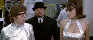 Elisabeth Hurley dans Austin Powers - 28/08/18 - 01