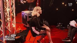 Louane dans M6 Music les 20 Ans - 02/10/18 - 01