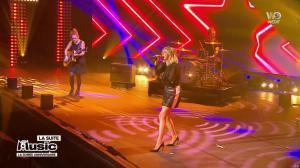 Louane dans M6 Music les 20 Ans - 02/10/18 - 06