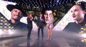 Louane dans NRJ Music Awards - 10/11/18 - 03