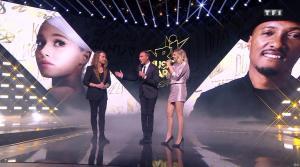 Louane dans NRJ Music Awards - 10/11/18 - 07