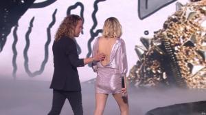 Louane dans NRJ Music Awards - 10/11/18 - 08