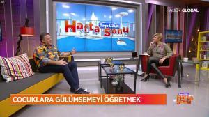 Ozge Uzun dans Ozge Uzun Ile Hafta Sonu - 18/11/18 - 09