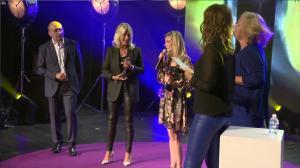 Sandrine Quétier et Inconnue dans Ceremonie des Victoires de la Beaute - 26/09/18 - 30