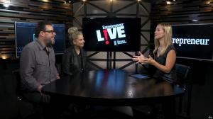 Sarah Michelle Gellar et Ashley Wehrley dans Entrepreneur Live - 15/11/17 - 02