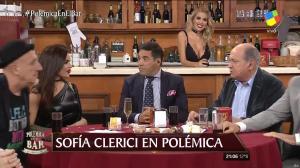 Sofia Clerici dans PolemiÇa en El Bar - 19/05/17 - 04