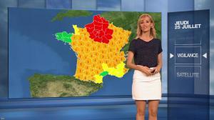 Stéphanie Duval dans la Meteo du Soir - 25/07/19 - 02