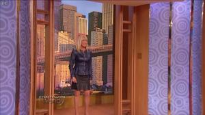 Suzanne Somers dans The Wendy Williams Show - 24/04/15 - 01
