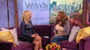 Suzanne Somers dans The Wendy Williams Show - 24/04/15 - 02