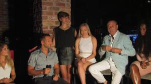 Une Inconnue dans Marbella Te Quiero - 17/09/17 - 06