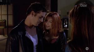 Alyson Hannigan dans Buffy Contre les Vampires - 30/05/17 - 01
