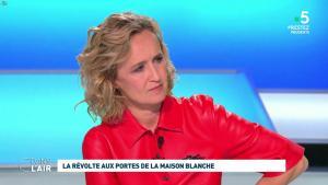 Caroline Roux dans C dans l'Air - 01/06/20 - 03