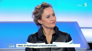 Caroline Roux dans C dans l'Air - 09/03/20 - 02