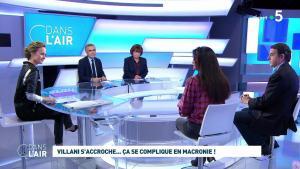 Caroline Roux dans C dans l'Air - 27/01/20 - 01