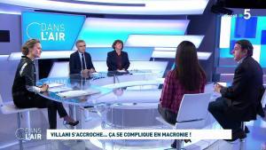 Caroline Roux dans C dans l'Air - 27/01/20 - 03
