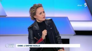 Caroline Roux dans C dans l'Air - 29/01/20 - 05
