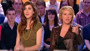 Ariane Massenet dans le Grand Journal De Canal Plus - 08/04/10 - 2