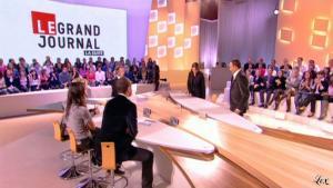 Elise Chassaing dans le Grand Journal De Canal Plus - 19/01/10 - 2