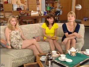 Marie Chevalier, Patricia Elig et Karen Cheryl dans les Nouvelles Filles d'A Cote - 18/07/10 - 6