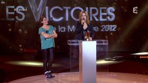 Alessandra Sublet et Izia dans les Victoires de la Musique - 03/03/12 - 04