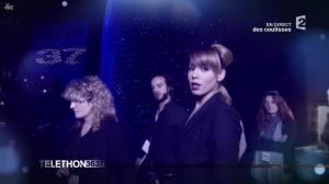Chimène Badi dans téléthon - 03/12/11 - 01