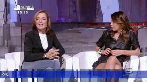 Debora Salvalaggio dans Domenica Cinque - 09/10/11 - 08