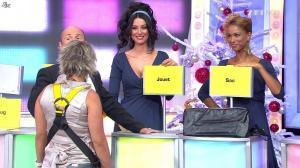 Fanny Veyrac, Doris Rouesne et Les Gafettes dans le Juste Prix - 26/12/11 - 05